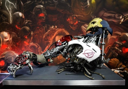 Possível-Ultron-versão-1-mostrado-durante-a-Comic-Con