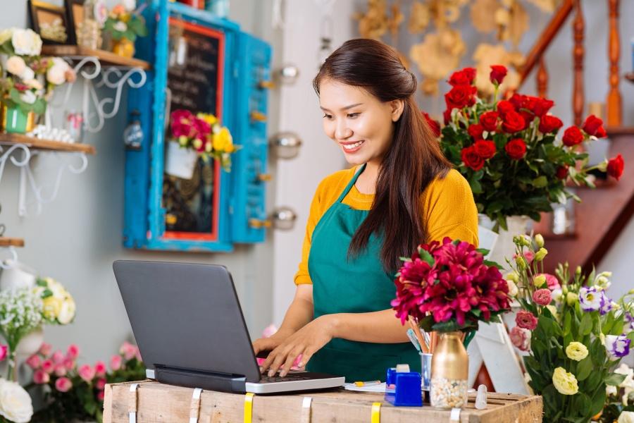 Como atrair clientes para sua loja usando o Facebook - Jasper Designer